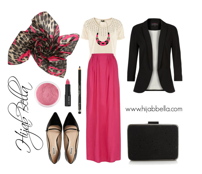 Pink Heart Leopard Print Hijab Style Guide and Combination