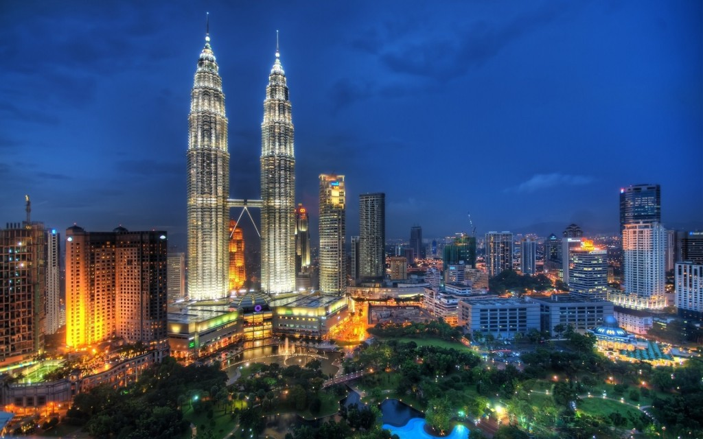 Halal food honeymoon in Malaysia