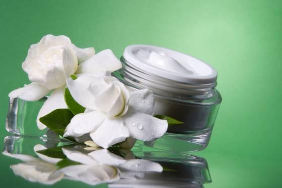 skin cream thick moisturiser