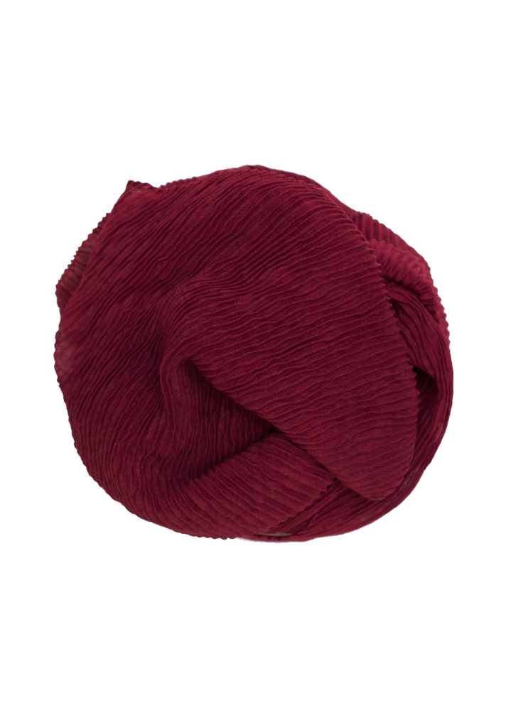 crinkle red maxi hijab